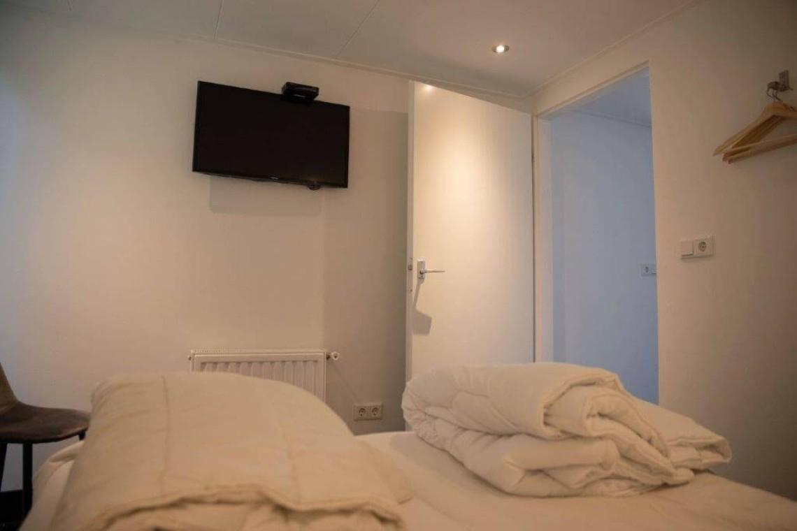 024-23-bungalow-slaapkamer