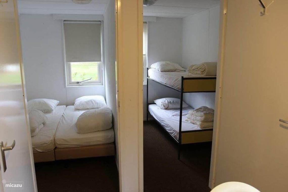 Bungalow 11: slaapkamers