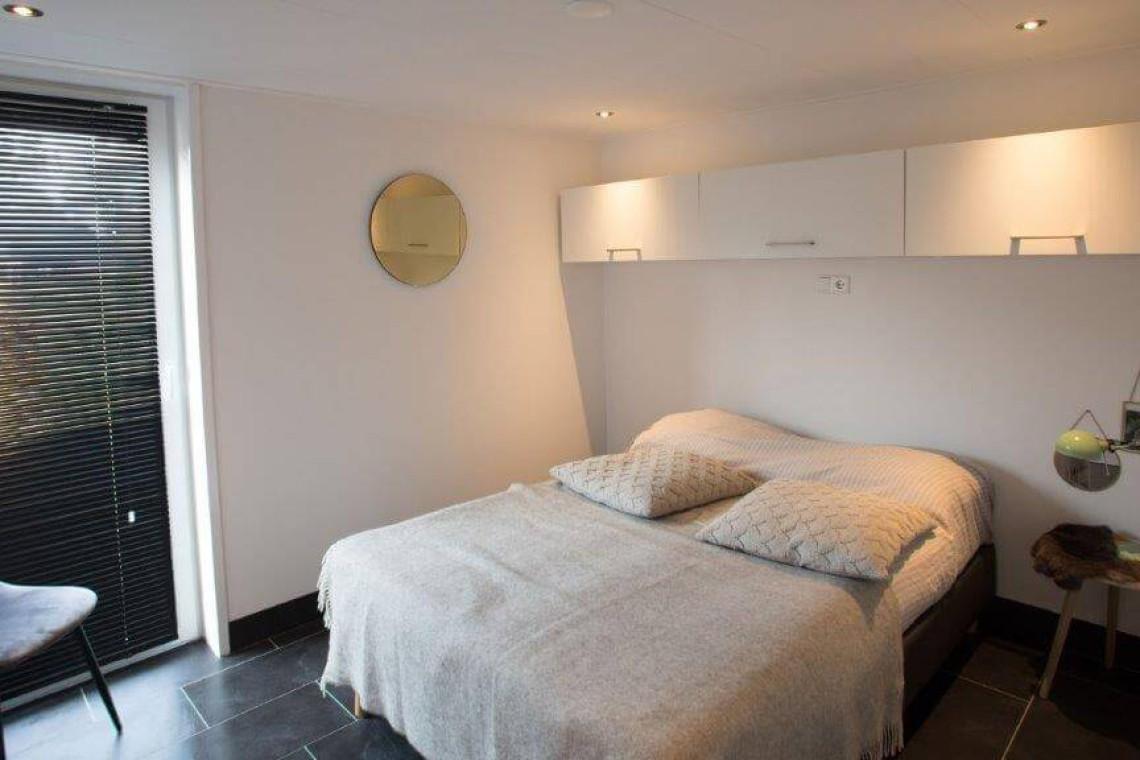 013-23-bungalow-slaapkamer