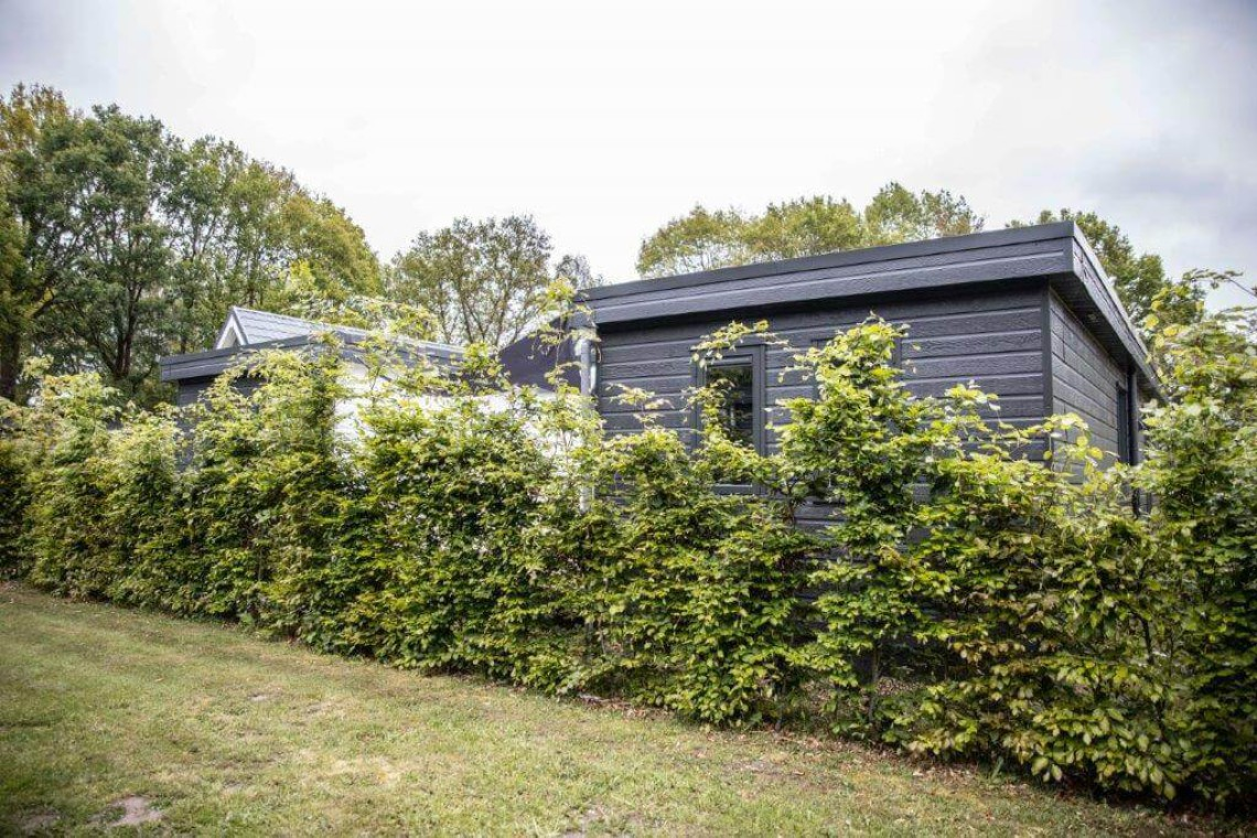 027-24-bungalow-buitenkant