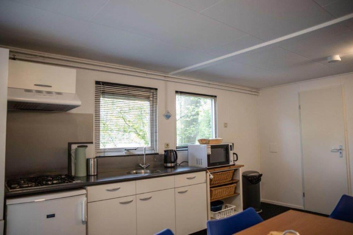020-24-bungalow-keuken-2